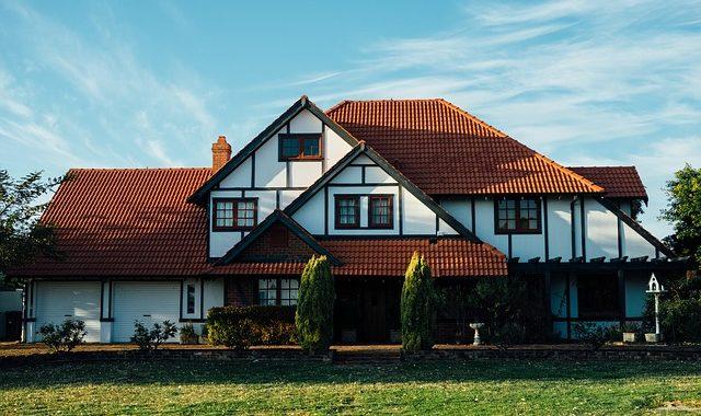 Maison Traditionnelle Ou Maison Contemporaine Faites Votre Choix Le Guide De La Construction